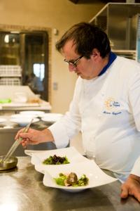 Lo chef stellato Massimo Spigaroli